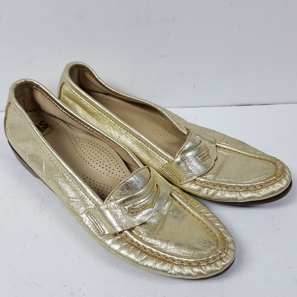 a91ce5f9f72 SAS Wink Metallic Gold Slip On Casual Penny Loafer.  M 5be72ac4baebf6e3b115a15c
